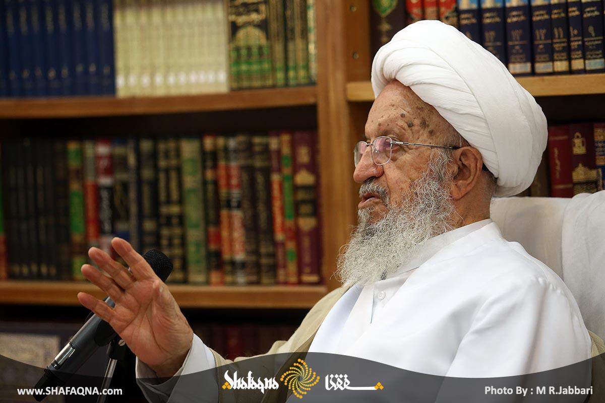 آیت الله مکارم شیرازی خواستار افتتاح شبکه ضد وهابیت شد