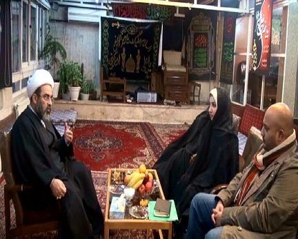 تشرف یک فرد مسیحی به دین مبین اسلام در حضور آیت الله فاضل لنکرانی