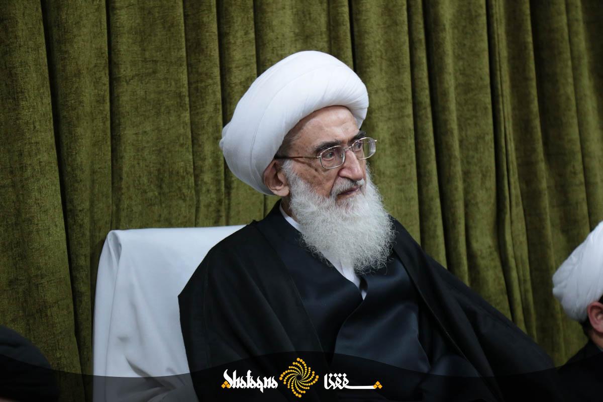 sh imam askari noori 21 حضرت آیت الله نوری همدانی: منحرف شدن جامعه اسلامی یکی از دلایل مخفی بودن قبر حضرت زهراست