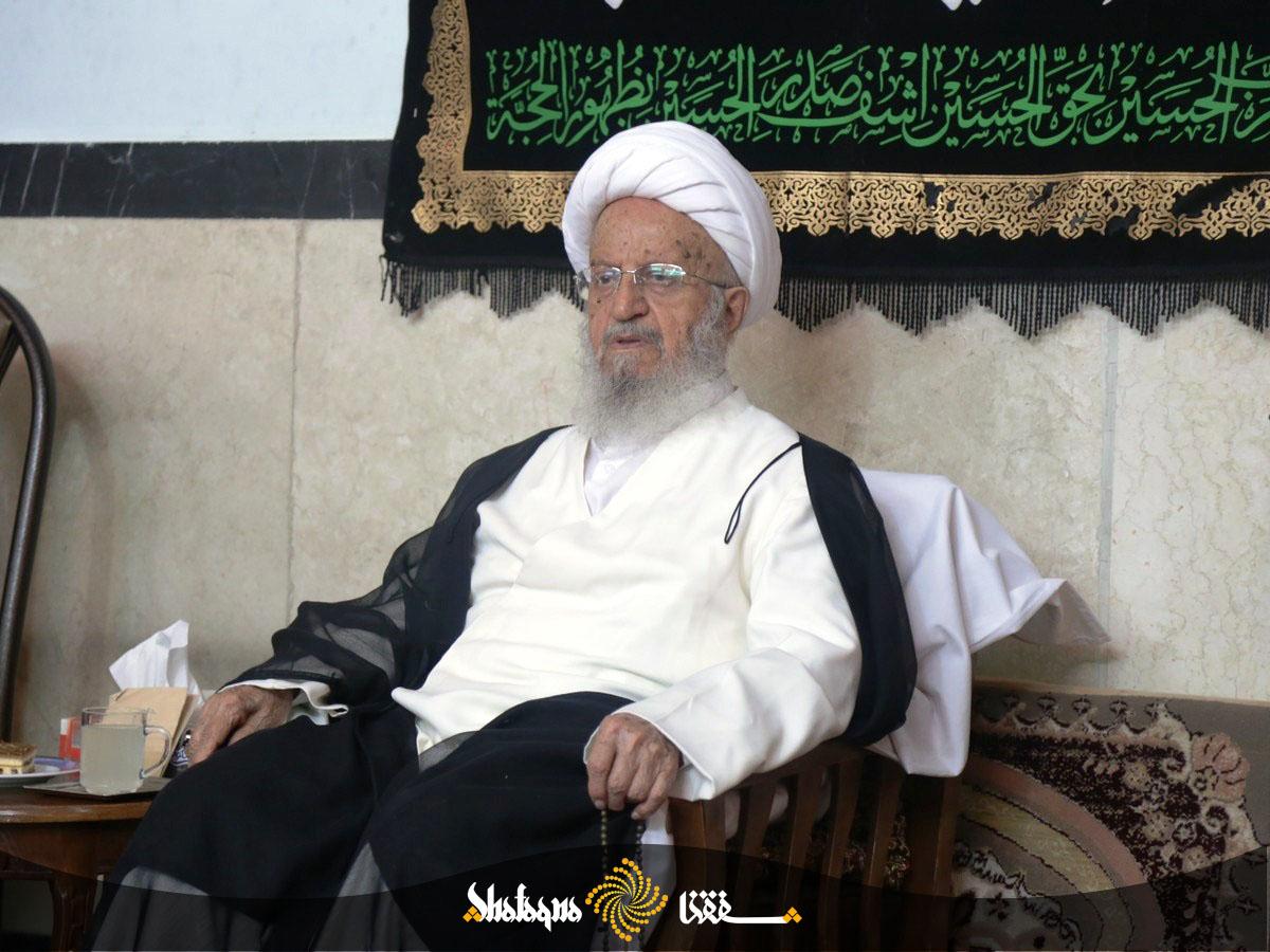 IMG 4727 copy 1 آیت الله مکارم شیرازی: تقویت مذهب سبب تقویت کارهای خیر مردمی می می شود