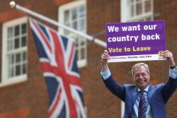 نایجل فاراژ رهبر سابق حزب استقلال انگلیس