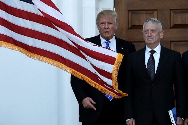 «آتلانتیک» بررسی کرد؛ چرا ترامپ به حضور ژنرالها در کابینه خود علاقه دارد؟