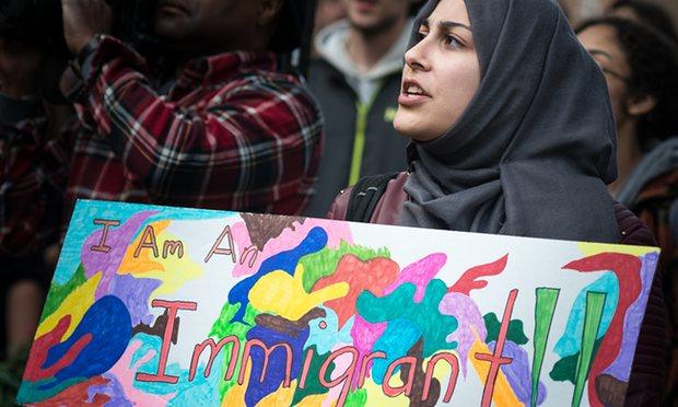 گاردین: سیاست های اسلام هراسانه ترامپ سلامت روانی مسلمانان آمریکا را تهدید می کند
