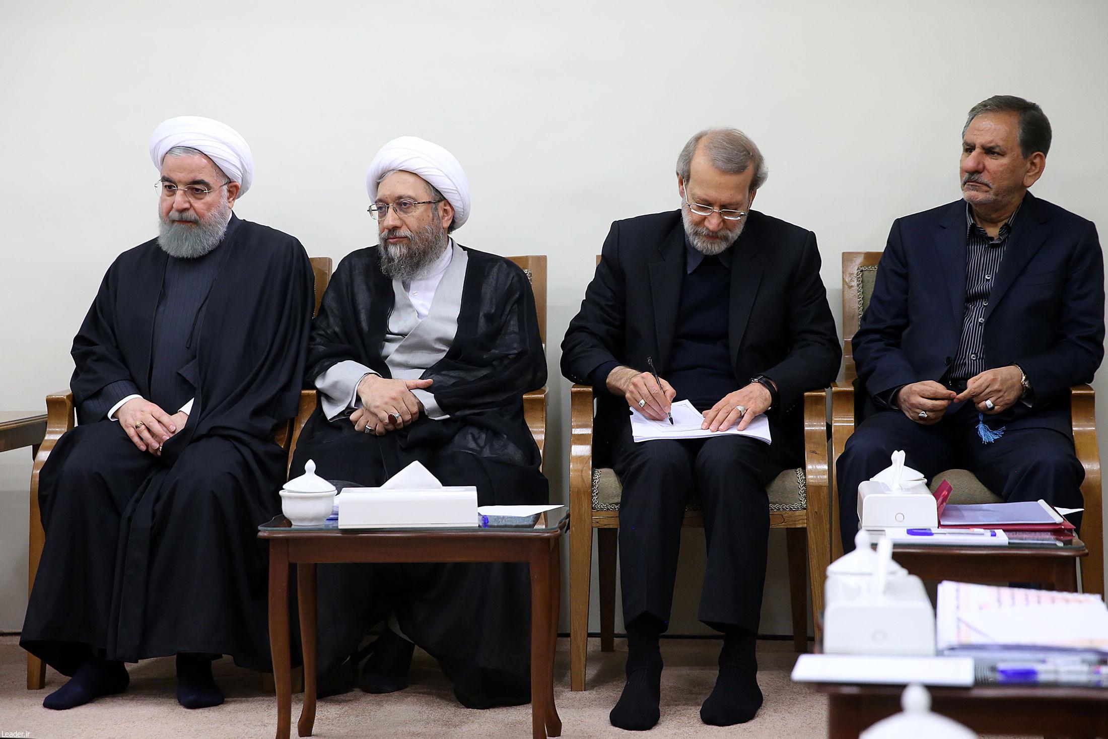 گزارش تصویری جلسه رهبر انقلاب با سران قوا در خصوص زلزله غرب کشور