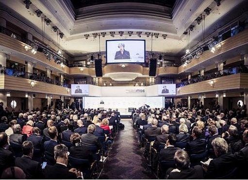 بیگدلی: محور کنفرانس مونیخ، ایران هراسی بود
