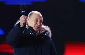 تاکید بر ضرورت حفظ وحدت روسیه در سخنرانی پیروزی پوتین