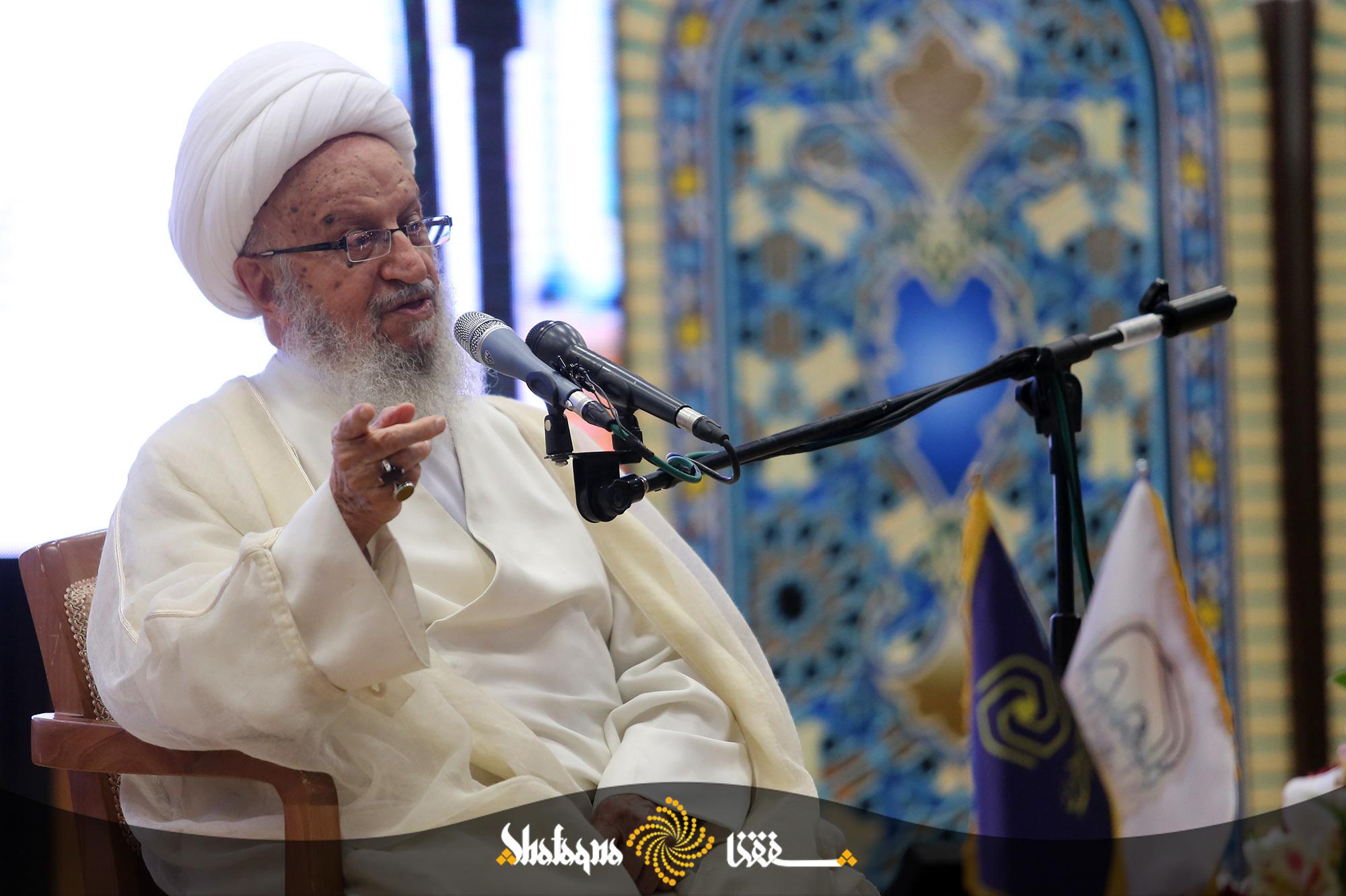 %name حضرت آیت الله مکارم شیرازی: عمر وهابیت رو به پایان است