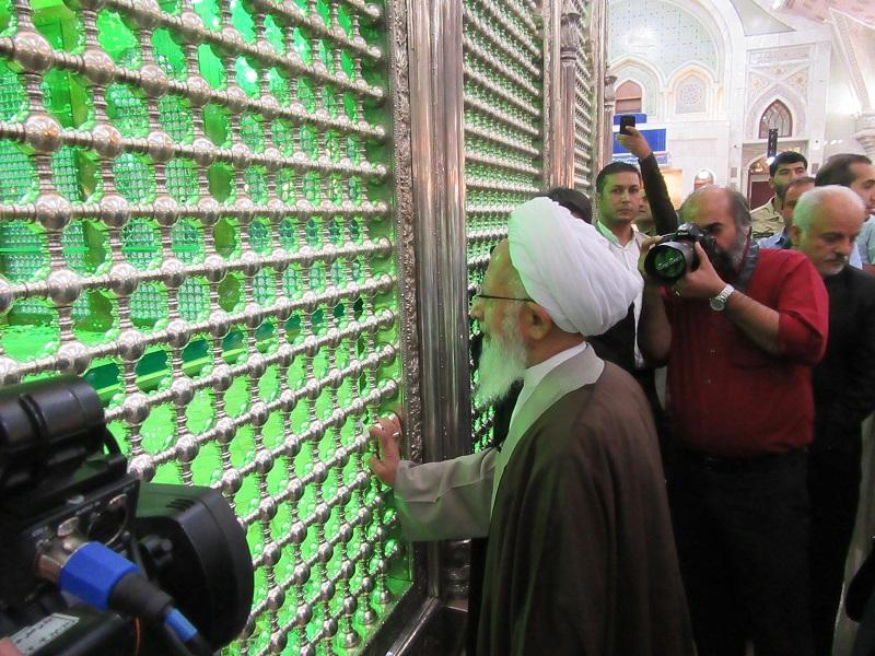 %name ادای احترام آیت الله جوادی آملی به مقام بنیانگذار انقلاب اسلامی/ امام و پیشوا خمینی خودساخته بود