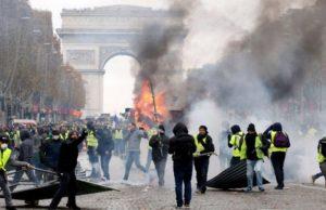 فرانسه از جلیقهزردها خواست به خاطر حمله تروریستی استراسبورگ تظاهرات نکنند