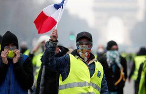 رشد اقتصادی فرانسه به خاطر جنبش جلیقهزردها کاهش مییابد