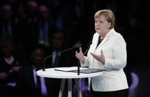 راهکار مرکل برای حل مشکل مهاجرت غیرقانونی