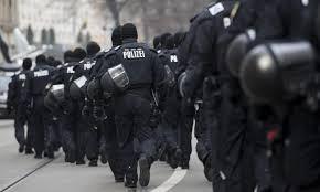 پلیس آلمان به یک مسجد در برلین حمله کرد