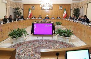 روحانی: با افتخار تحریمهای آمریکا را دور میزنیم/ انتخابات آزاد و سالم یکی از دستاوردهای مهم انقلاب است