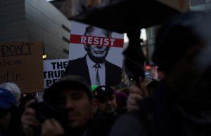 «روز رییسجمهور» در آمریکا فرصتی برای حمله به ترامپ شد+تصاویر