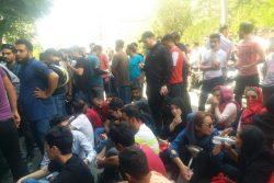 بیانیه هواداران معترض پرسپولیس مقابل ورزشگاه درفشیفر